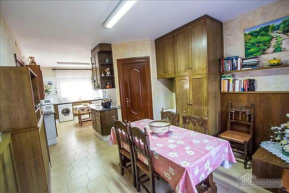 Sigfredo Barbara, Five Bedroom (81392), 039