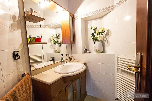Sigfredo Barbara, Five Bedroom (81392), 040