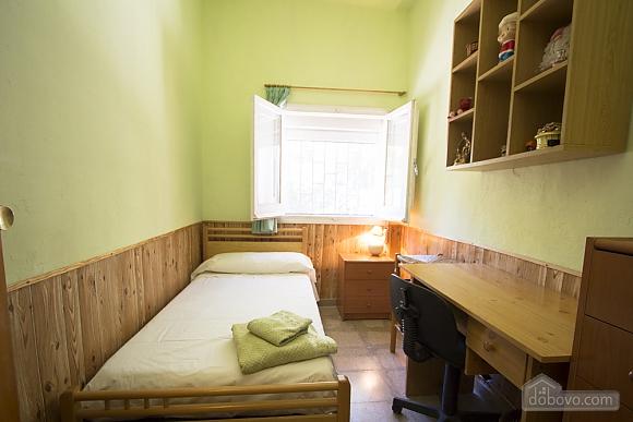M Teresa Xerta, Six (+) Bedroom (96302), 020