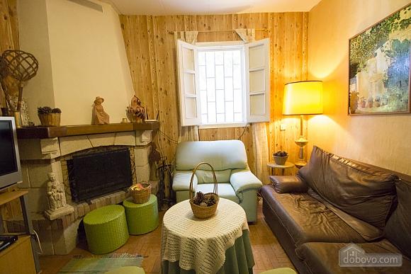 M Teresa Xerta, Six (+) Bedroom (96302), 035