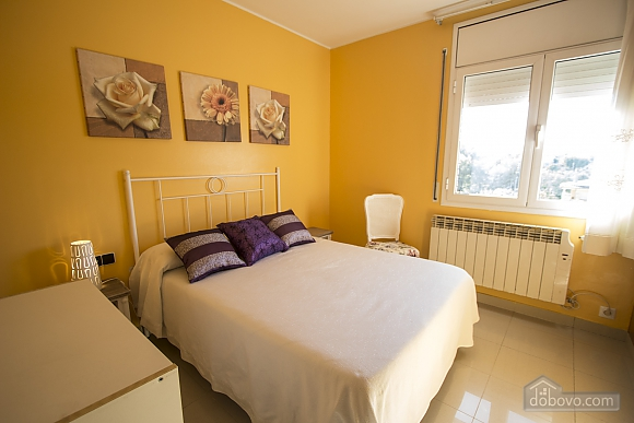 Juana Sils, Five Bedroom (92098), 014