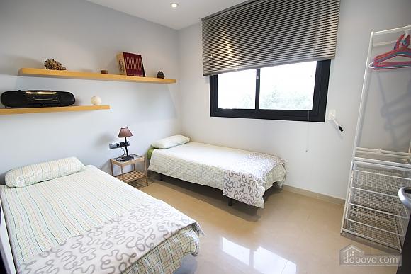Javier Calafell, Four Bedroom (83408), 024