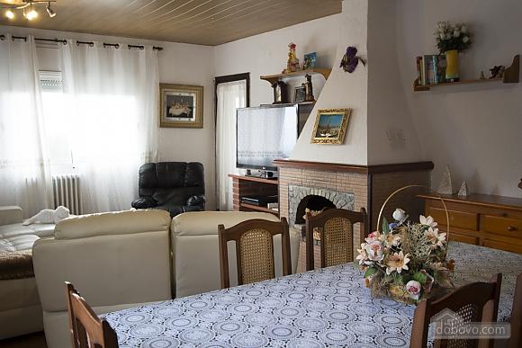 Antonio Vilamajor, Cinq chambres (29327), 013