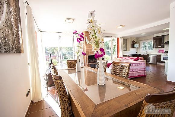 Vanessa Romanya, Two Bedroom (24473), 023