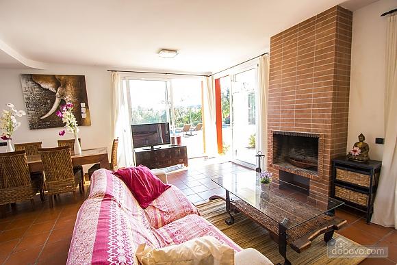 Vanessa Romanya, Two Bedroom (24473), 024