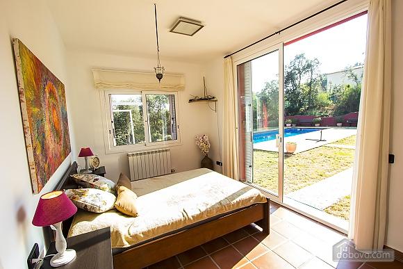 Vanessa Romanya, Two Bedroom (24473), 036