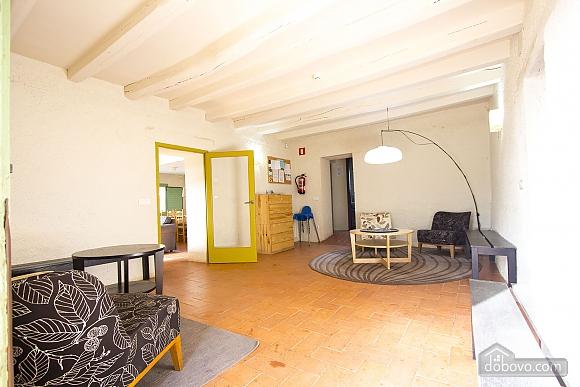 Nuria Pere Cal Belles, Six (+) chambres (36705), 007