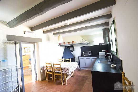Nuria Pere Cal Belles, Six (+) chambres (36705), 016