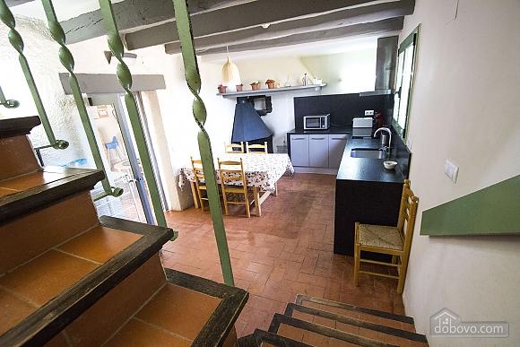 Nuria Pere Cal Belles, Six (+) chambres (36705), 017