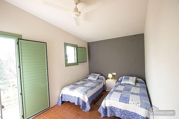 Nuria Pere Cal Belles, Six (+) chambres (36705), 019