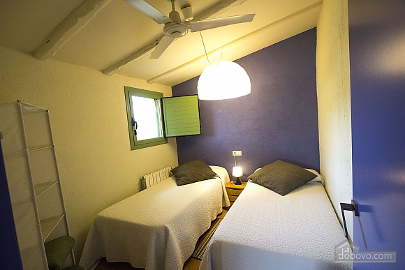 Nuria Pere Cal Belles, Six (+) chambres (36705), 021