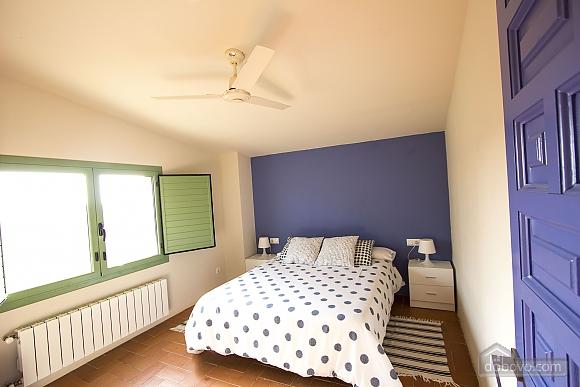 Nuria Pere Cal Belles, Six (+) chambres (36705), 023