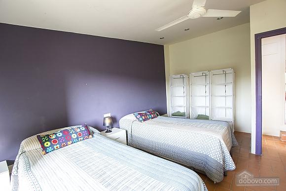 Nuria Pere Cal Belles, Six (+) chambres (36705), 024