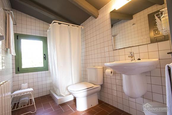 Nuria Pere Cal Belles, Six (+) chambres (36705), 026