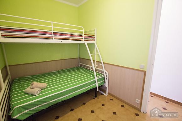 Miguel Angel Bellvei, Fünfzimmerwohnung (56291), 020
