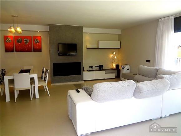 Silvia Riudellots, Four Bedroom (51415), 007