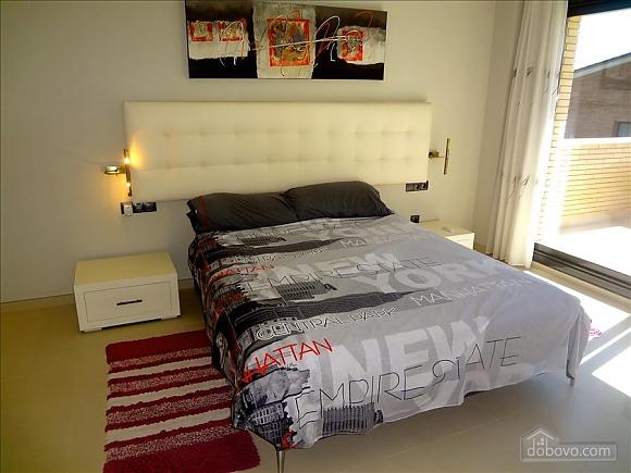 Silvia Riudellots, Four Bedroom (51415), 012
