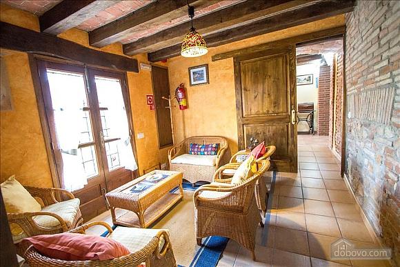 Nuria Pere Cal Rajoler, 7+ кімнат (20068), 011