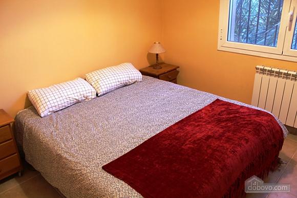 Jose Luis Castellet, Four Bedroom (74020), 015