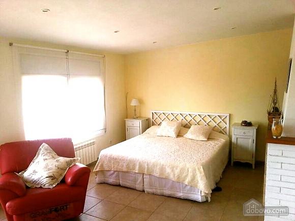 Jose Luis Castellet, Four Bedroom (74020), 018