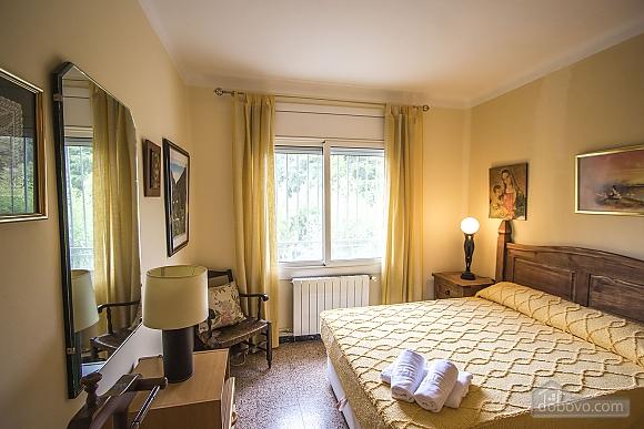 Jose Castellbell, Four Bedroom (13907), 026