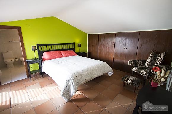 Esther Pineda, Five Bedroom (33901), 025