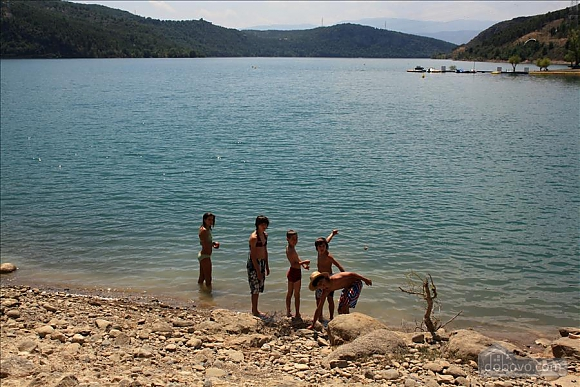 Holiday apartment in the Pyrenees next to the lake, Tre Camere (80204), 001