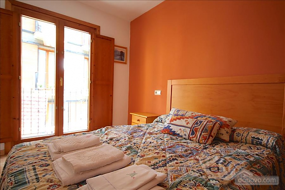 The Sort Experience Live the Pyrenees, Three Bedroom (64741), 008