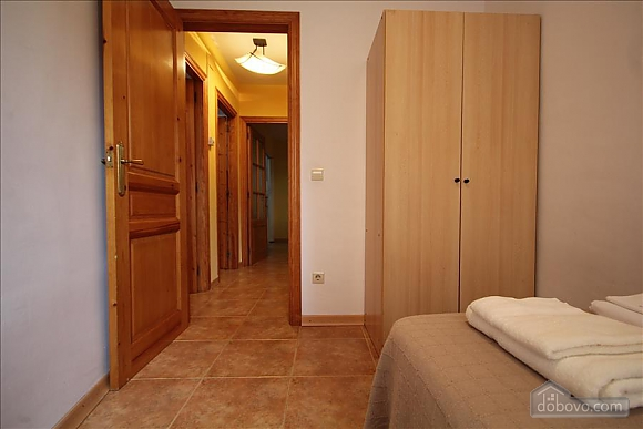 The Sort Experience Live the Pyrenees, Three Bedroom (64741), 018