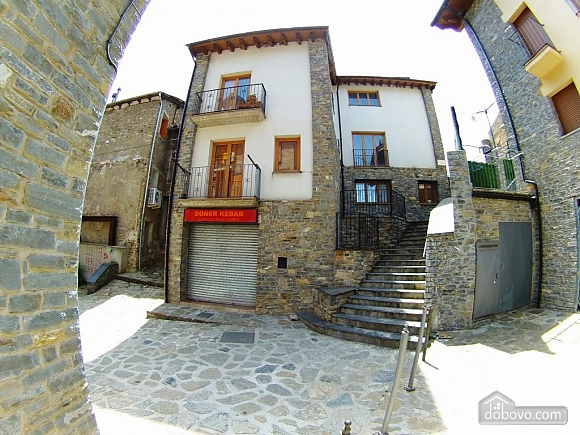 The Sort Experience Live the Pyrenees, Three Bedroom (64741), 020