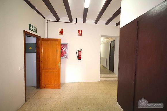Cama Individual en Habitacion Mixta Compartida, One Bedroom (27221), 018