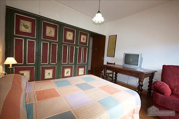 Sort Three Sided Walnut, Three Bedroom (72951), 023