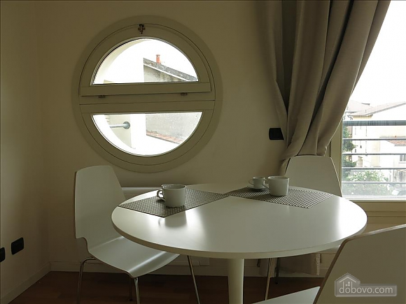 Lucia, One Bedroom (73639), 004