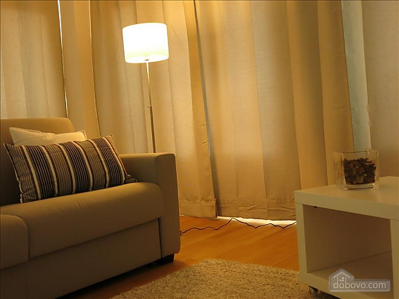 Lucia, One Bedroom (73639), 018