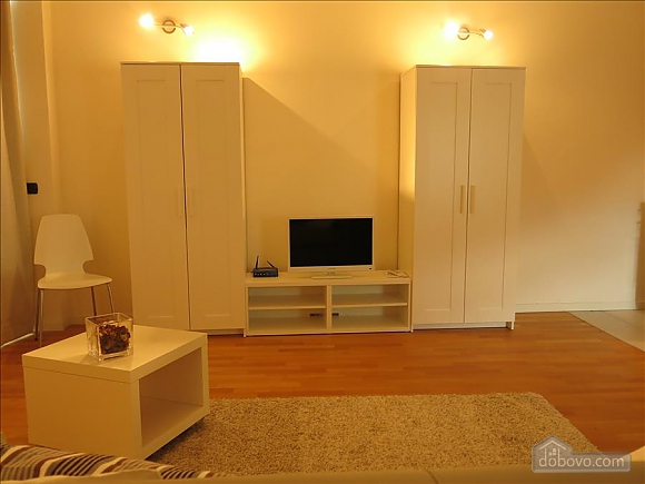 Lucia, One Bedroom (73639), 027