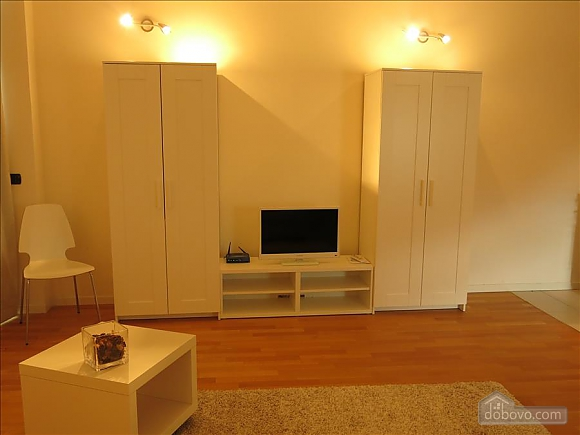 Lucia, One Bedroom (73639), 029