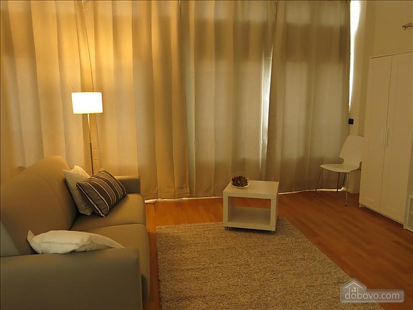 Lucia, One Bedroom (73639), 035