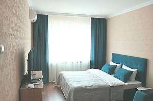 Bright apartment near Osokorki metro station, Studio, 001