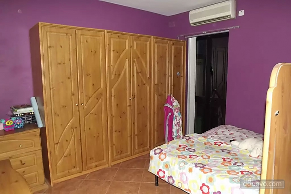 Oleg's bedroom apartment in Bugibba, Vierzimmerwohnung (56473), 010