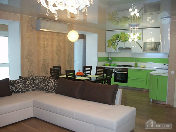 VIP apartment-studio in the center, Studio (72375), 001