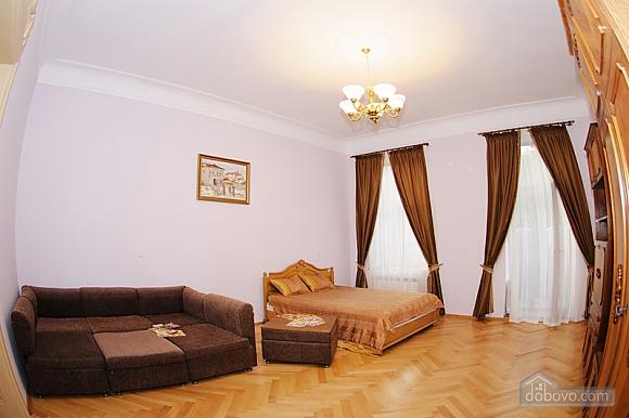 Квартира в центрі міста, 1-кімнатна (56934), 005
