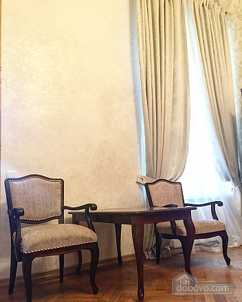 Spacious apartment in the heart of Odessa, One Bedroom (77578), 003