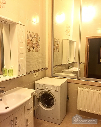 Spacious apartment in the heart of Odessa, One Bedroom (77578), 009