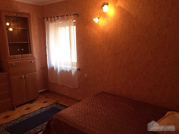 Private house, Un chambre (24993), 002
