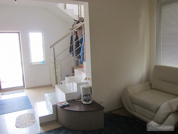 Cottage, Four Bedroom (75645), 005