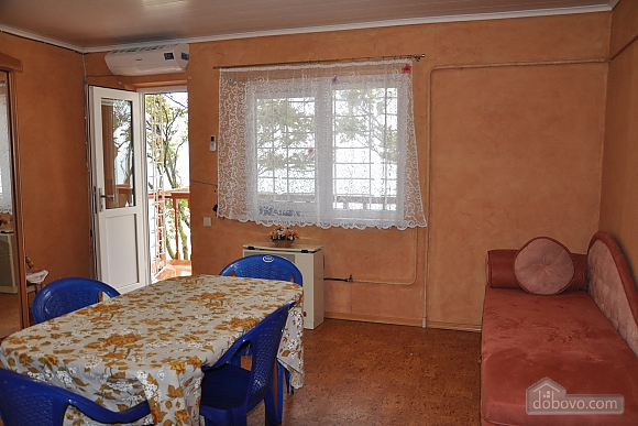 Cottage in Gribovka 50 meters from the sea, Studio (85371), 001