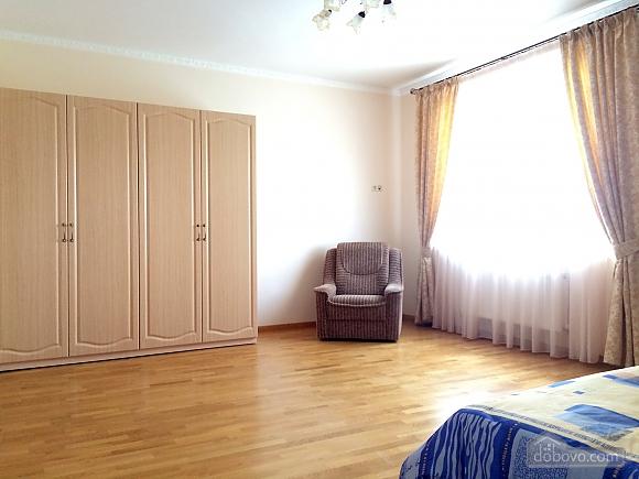 Villa Nova in Koncha-Zaspa, Trois chambres (25674), 017
