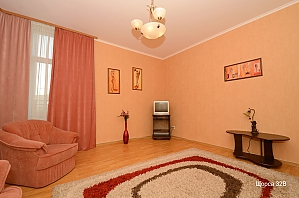 Apartment at Pecherska metro station , One Bedroom, 002