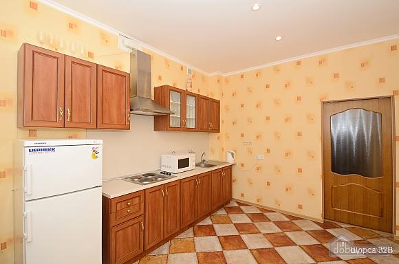 Квартира на станции метро Печерская, 2х-комнатная (60036), 005