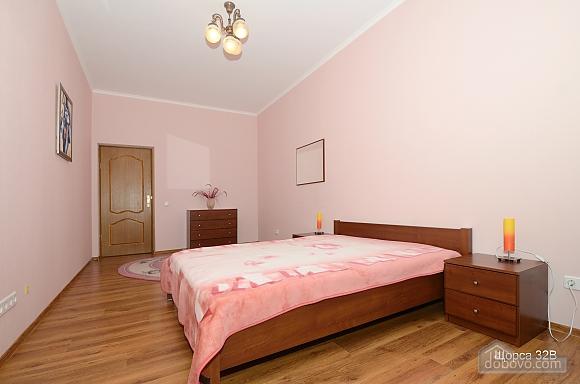 Квартира на станции метро Печерская, 2х-комнатная (60036), 010